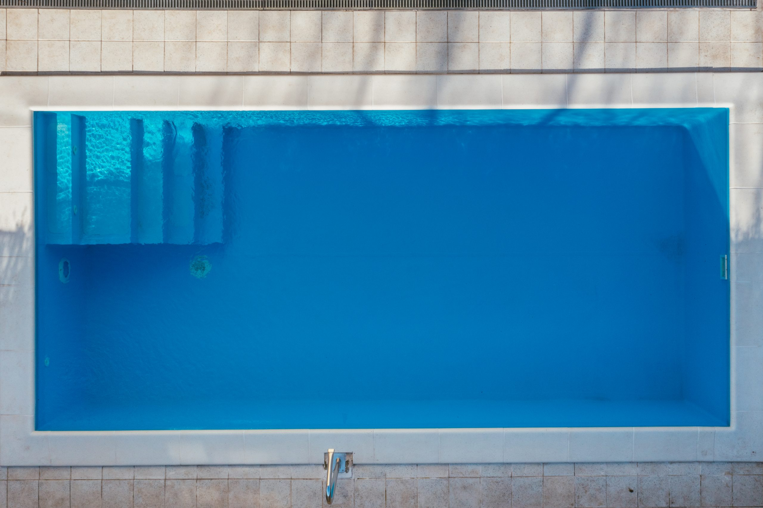 Gradnja pravougaonih bazena – Kako i zašto?